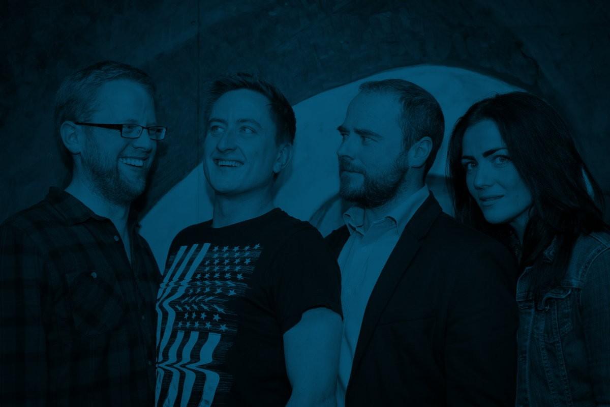 Dabster Team Background 1200x800 Blue